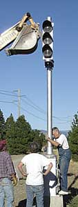 Block Signal installation in South Cle Elum